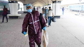 Govt, private offices reopen amid surge in virus cases, deaths