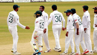 Rain pushes one-off test to fifth day as Bangladesh continue struggling