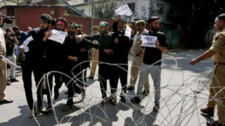 4,000 detained in Indian Kashmir crackdown