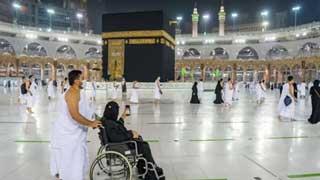 Umrah pilgrims return to Grand Mosque after Hajj 2021