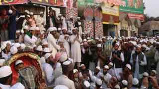 Tabligh Jamaat protesters disrupt traffic in airport area