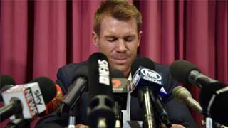 Tearful Warner sorry for ball-tampering