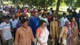 JU students, teachers bring out rally demanding resignation of VC