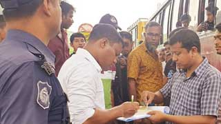25 buses fined for charging extra fare