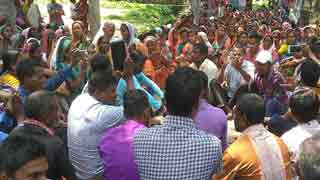 Sylhet tea-garden workers strike demanding increase of daily wage