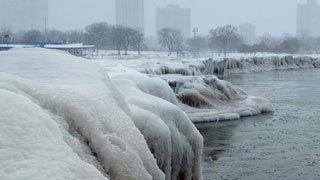 12 killed as deep freeze grips US Midwest