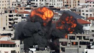 Israel pounds Gaza with air raids, shelling