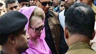 Khaleda Zia at court