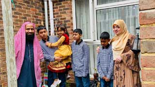 COVID-19: Imam 'melancholic and upset' as Muslims hold muted Eid-ul-Fitr celebrations