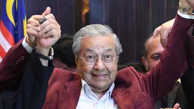 Mahathir-led opposition gets historic victory