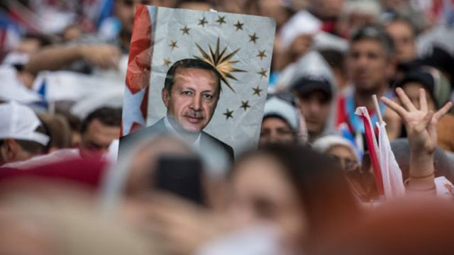 Erdogan seeks second term in hard-fought contest