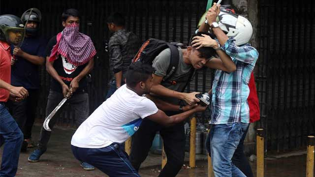 8 journalists hurt in 'BCL attack'