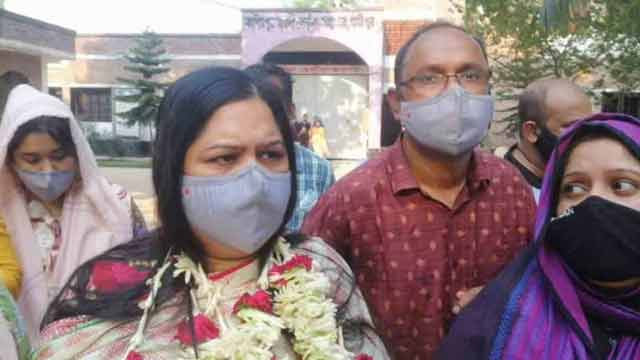 Rozina released from Jail