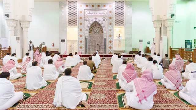 Prophet (PBUH) asked people not to visit areas affected by plague, says Saudi Imam