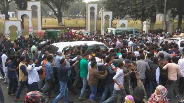 Khaleda Zia's path to return home from Bakshibazar changed