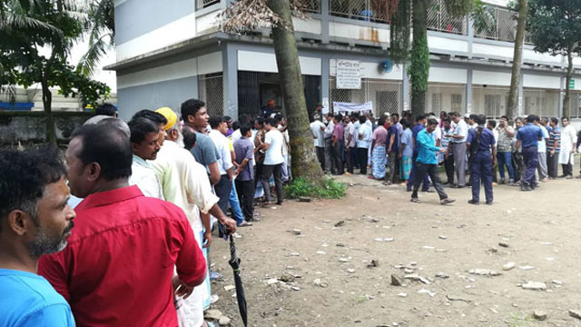 'Forced casting' in front of helpless BNP agents in Pubail