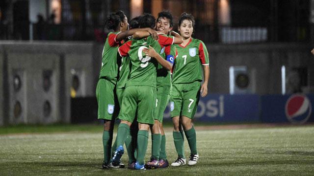 Bangladesh girls reach final