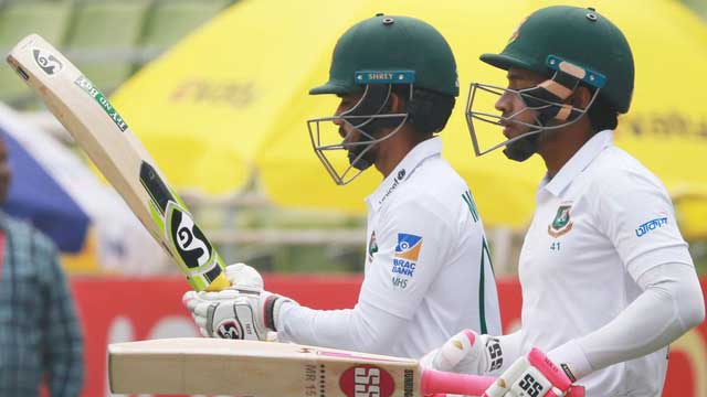 Zimbabwe lose early wickets after Mushfiqur heroics