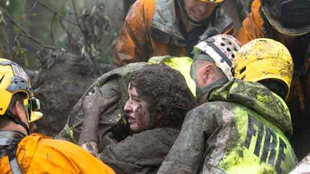 Rescuers search for California mudslide survivors