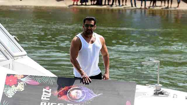 Salman says his films carry 'messages'