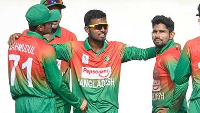 Bangladesh lose nail-biting final against India
