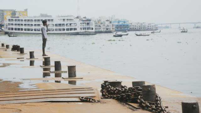 Passenger-carrying vessel workers call strike