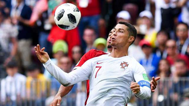 Ronaldo header sees off Morocco