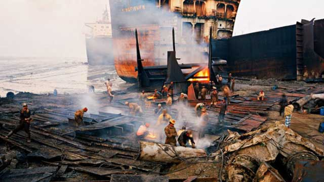 Two ship-breaking yard workers burnt dead in Sitakundu