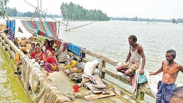 Flood worsens in central Bangladesh