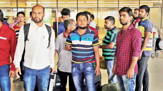 175 Bangladeshi workers sent back to home empty handed