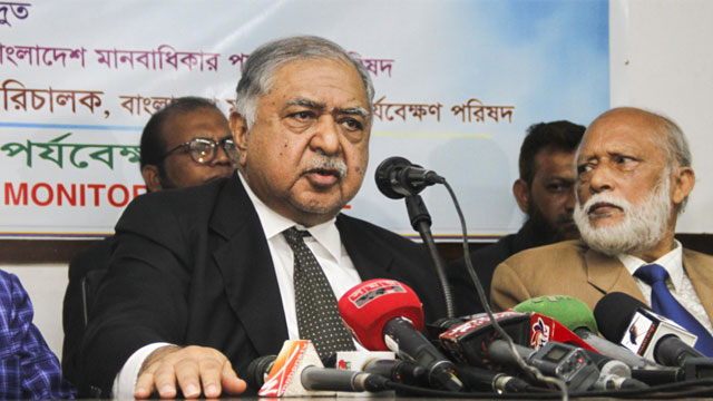 Dr Kamal slams govt, says no-one has right to deprive people