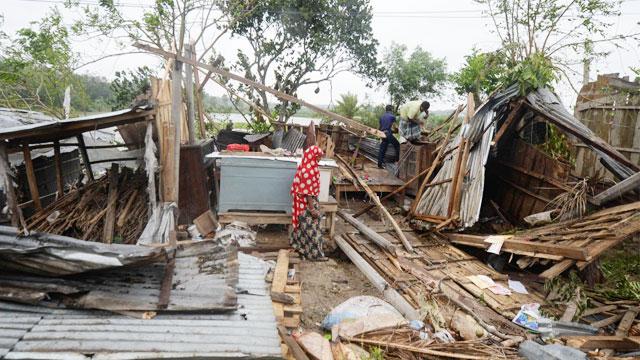 Cyclone Amphan leaves trail of devastation; 12 killed