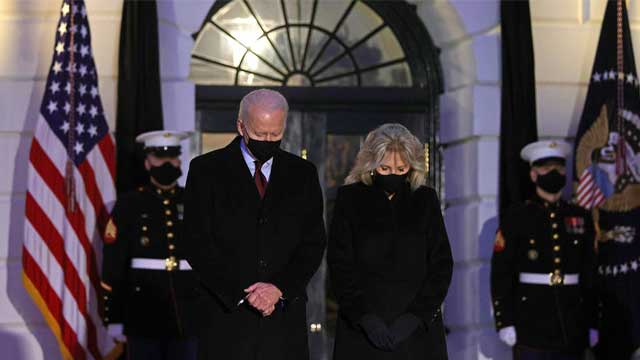 Biden leads Americans in moment of silence to mourn 500,000 US COVID-19 deaths