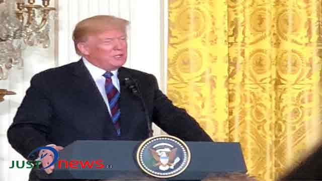 Trump speaks with Emmanuel Macron