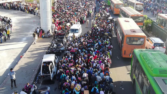 Migrants' fleeing Delhi is like 'driving without seat belt'