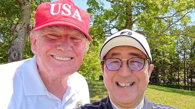 Trump, Abe do diplomacy over golf and sumo