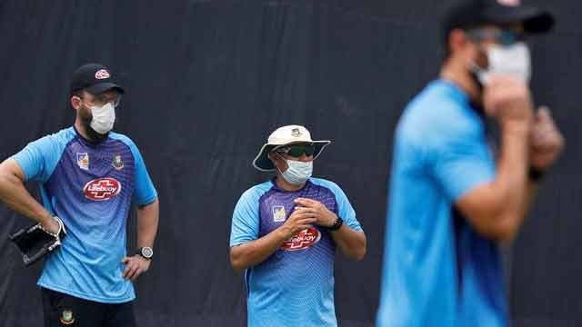 'Delhi air not ideal, but nothing to complain'