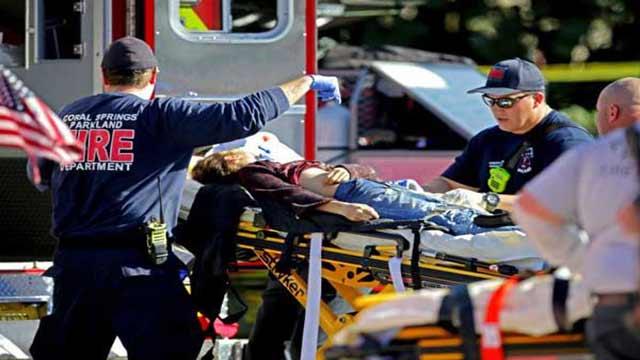 US school shooting kills 17