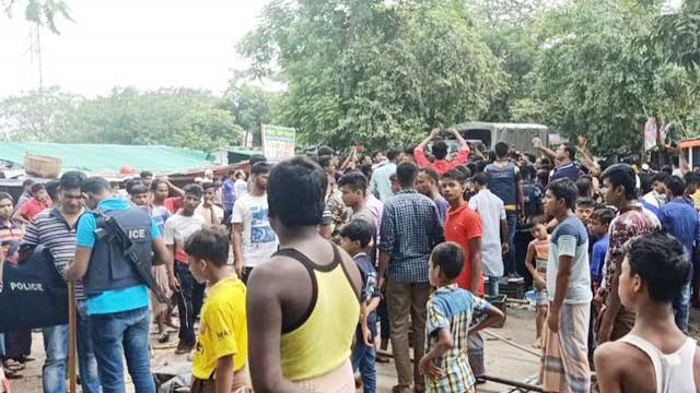 Rohingya camp attacked, road blocked as JL leader shot dead