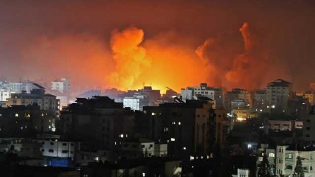 Deaths in Gaza as Israel launches 'most intense raids yet