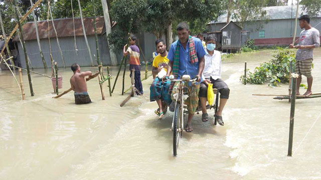 Over 120,000 people marooned in Tangail floodwaters