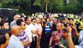 লন্ডনে শেখ হাসিনার যাত্রা বিরতিকালে ব্যাপক বিক্ষোভ