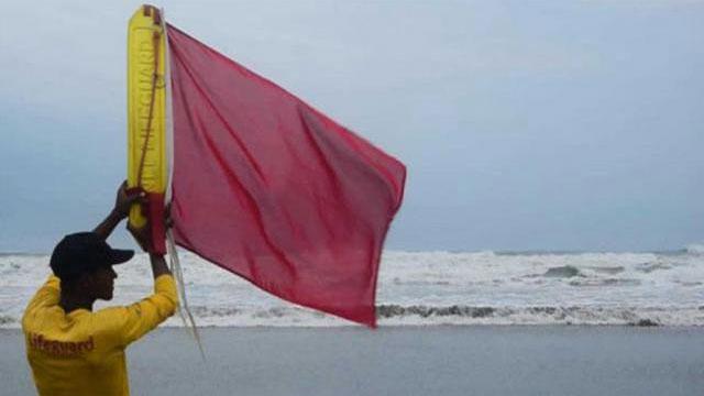 সাগরে নিম্নচাপ, ৩ নম্বর সতর্কসংকেত