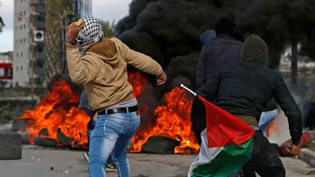 Palestinians injured in protests over US Jerusalem move