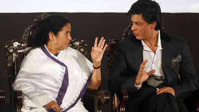 Shah Rukh gets a lift in Mamata Banerjee's 'small car'